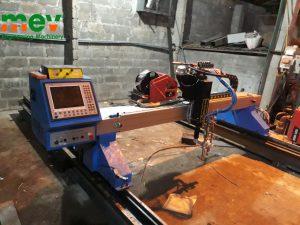 Máy cắt CNC MEV nay có thể hàn cắt sản phẩm như robot