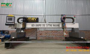 Máy cắt CNC MEV 3000pro MEV có kết cấu như thế nào ?