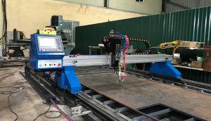 Máy cắt CNC 2060Pro cắt bản mã bằng Oxy/Gas