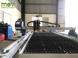 Lắp máy ngày cận tết tại Hà Nam – cnc 2060pro MEV, nguồn plasma E300