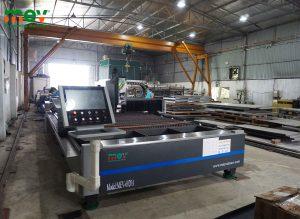 máy cắt CNC fiber laser