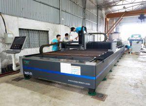 máy cắt laser mev
